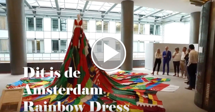 Amsterdam Rainbow Dress in het Europees Parlement